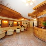 Hotel Crozzon Madonna di Campiglio Lobby