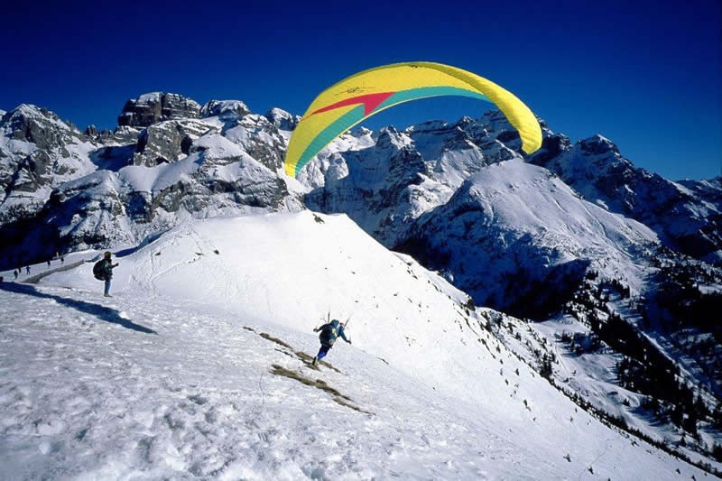 Paragliding in Madonna di Campiglio