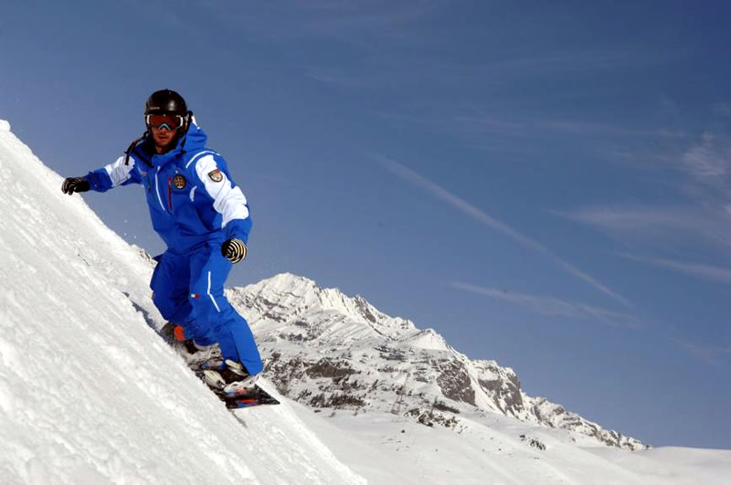 Snowboarding in Madonna di Campiglio